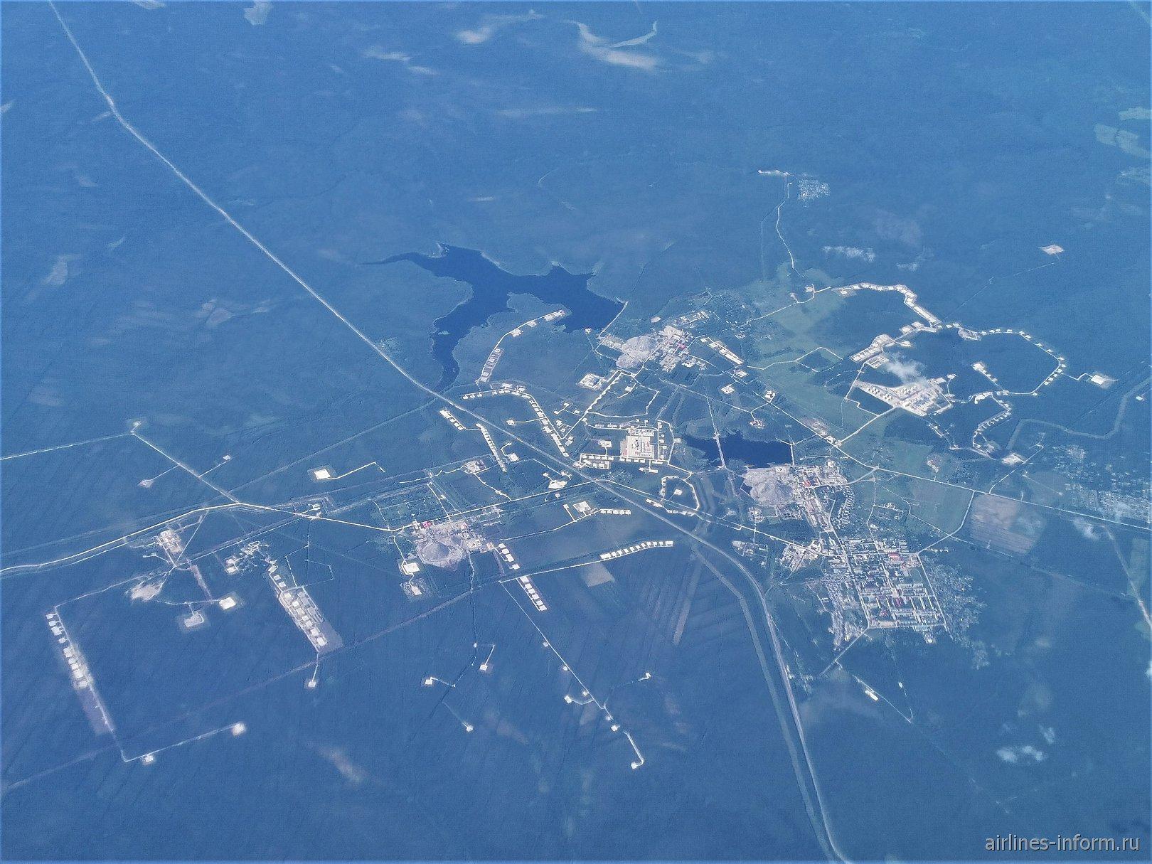 Нефтяные промыслы у поселка Ярега в Республике Коми