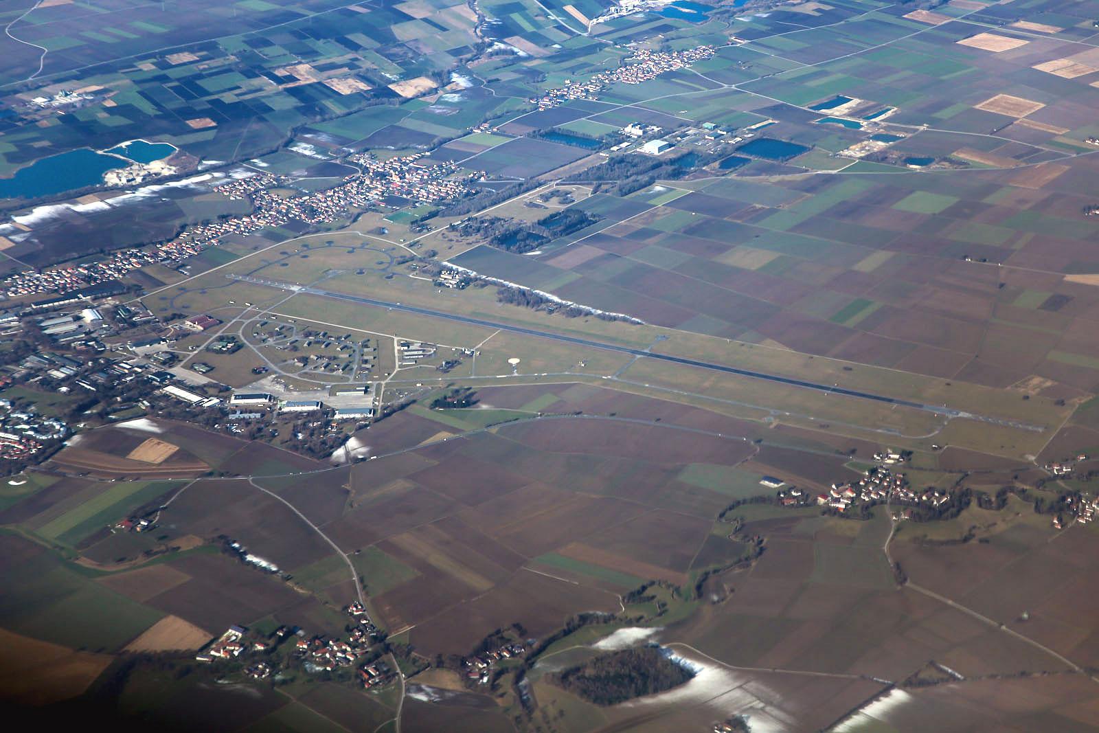Военный аэродром Эрдинг в Германии