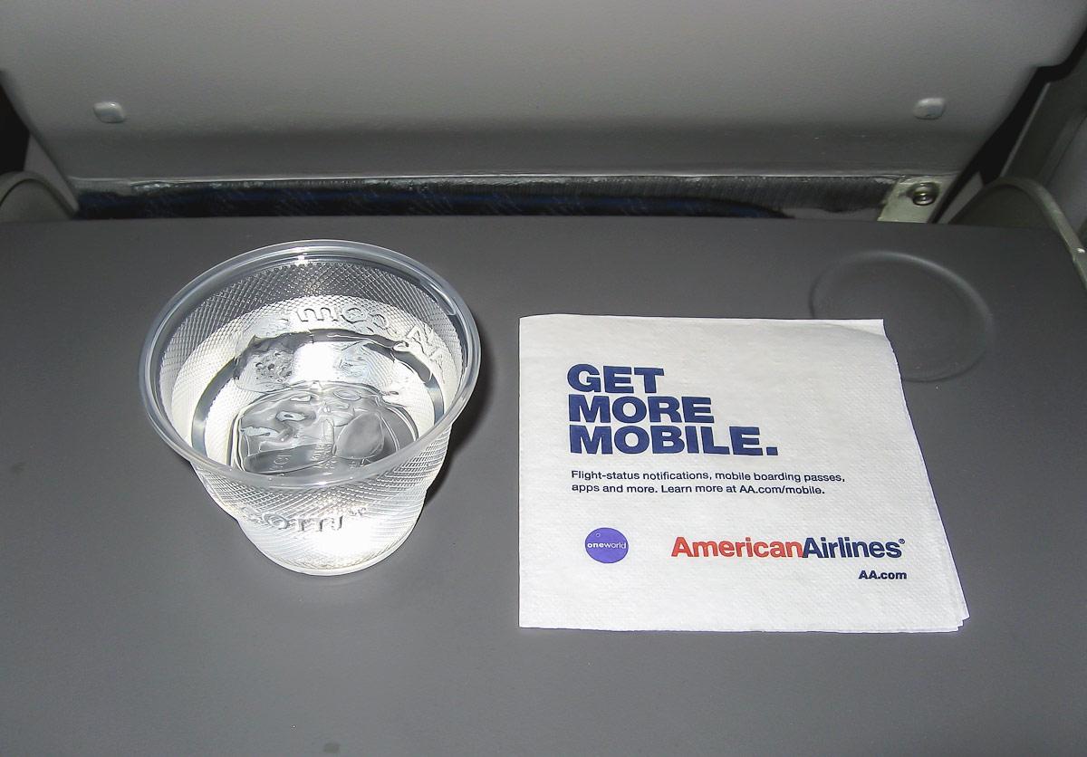 Прохладительные напитки Американских авиалиний