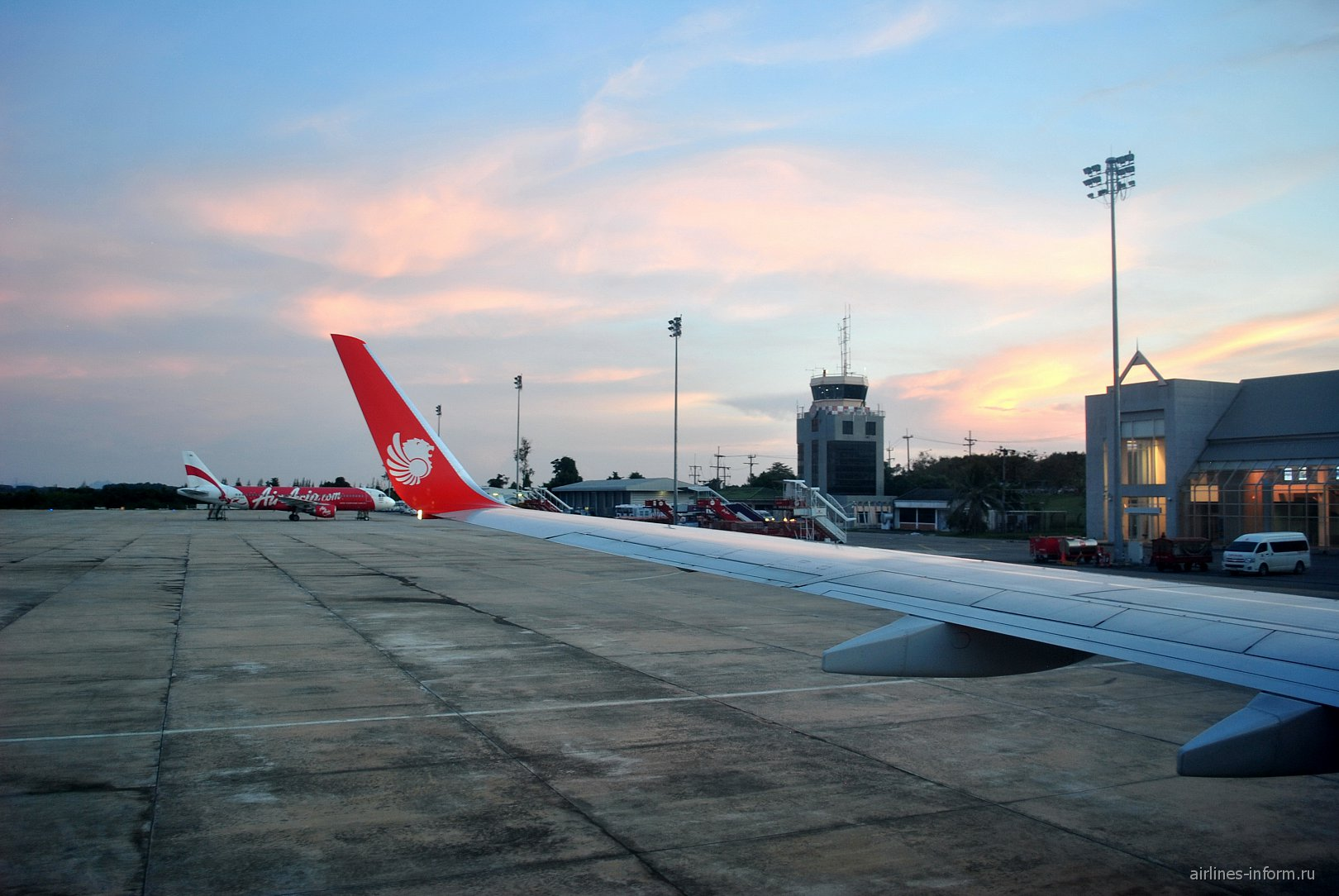 Перрон аэропорта Краби
