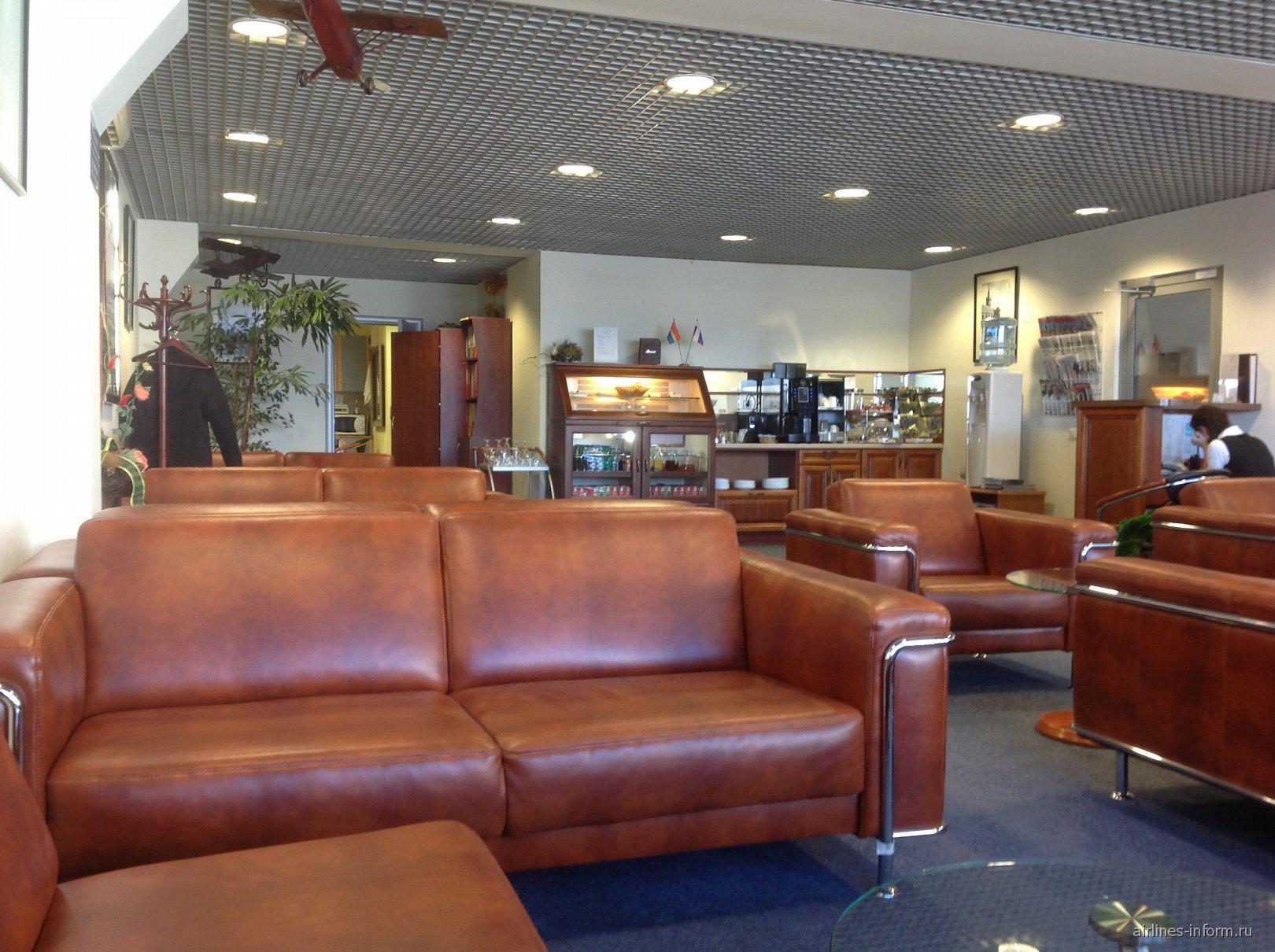 Бизнес-зал аэропорта Храброво в Калининграде