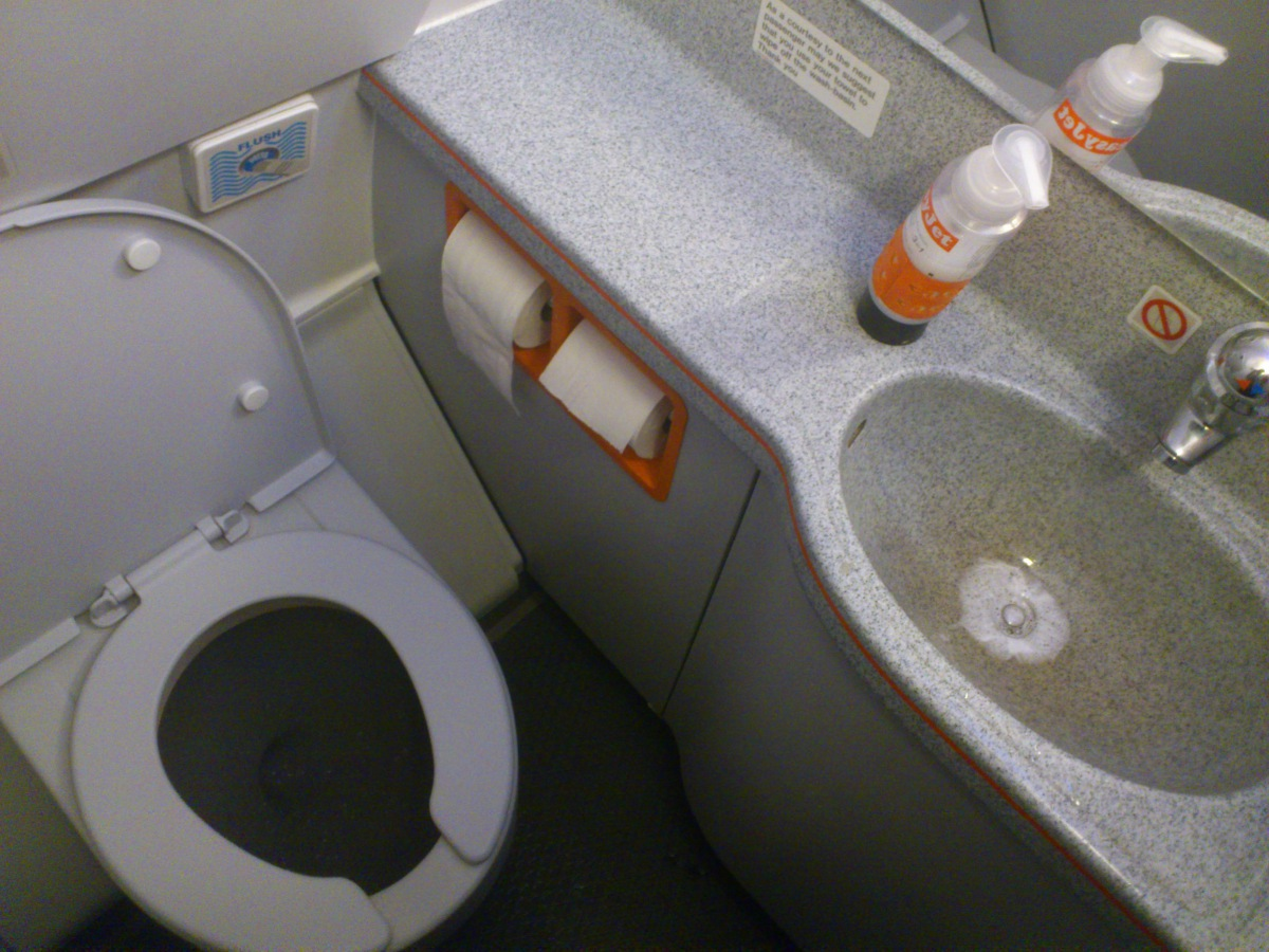 Restroom of EasyJet Airbus A320