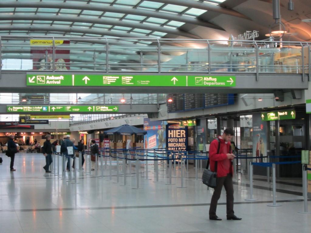 В аэровокзале аэропорта Дортмунд