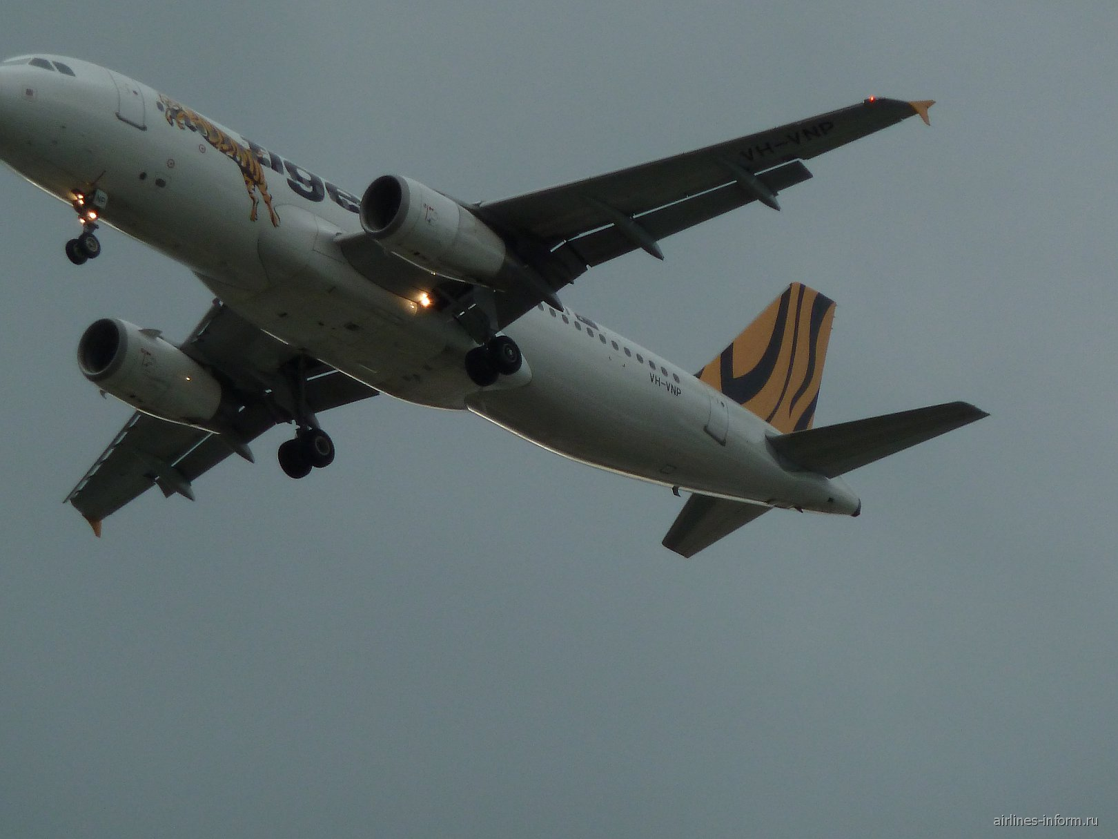 Самолеты над городом Аделаида