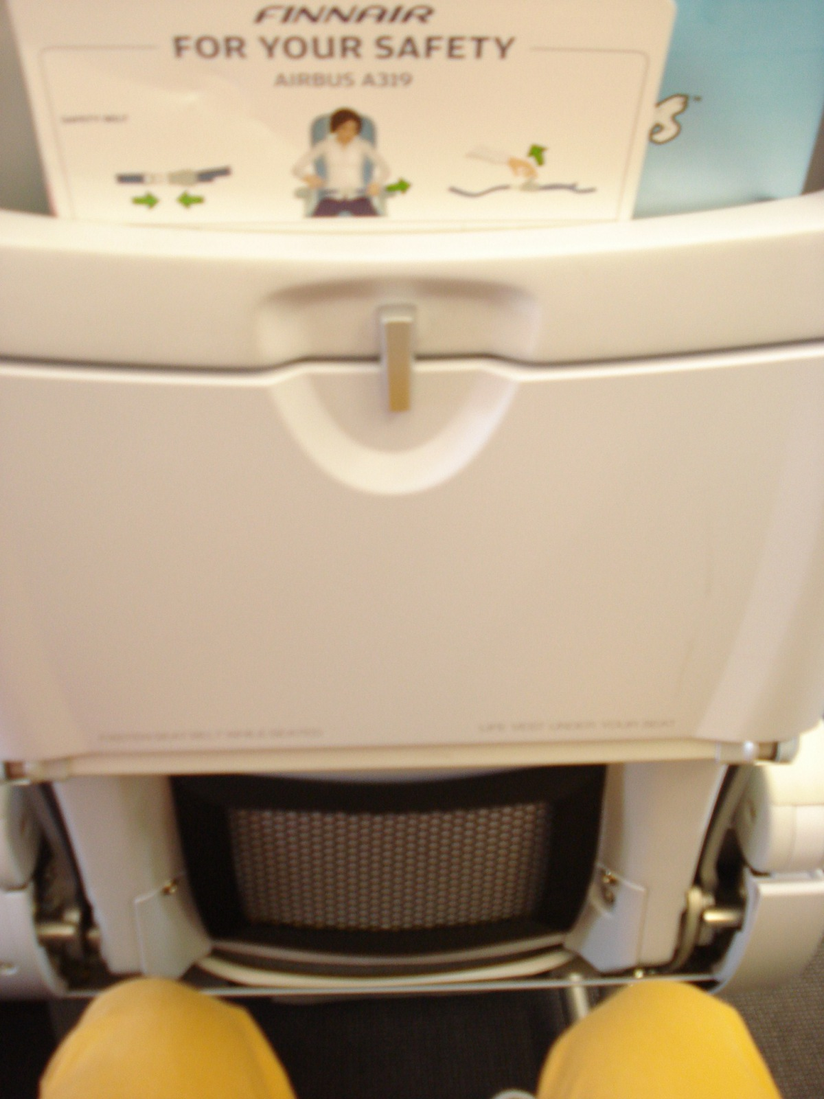 Passenger cabin of an Airbus A319 of Finnair
