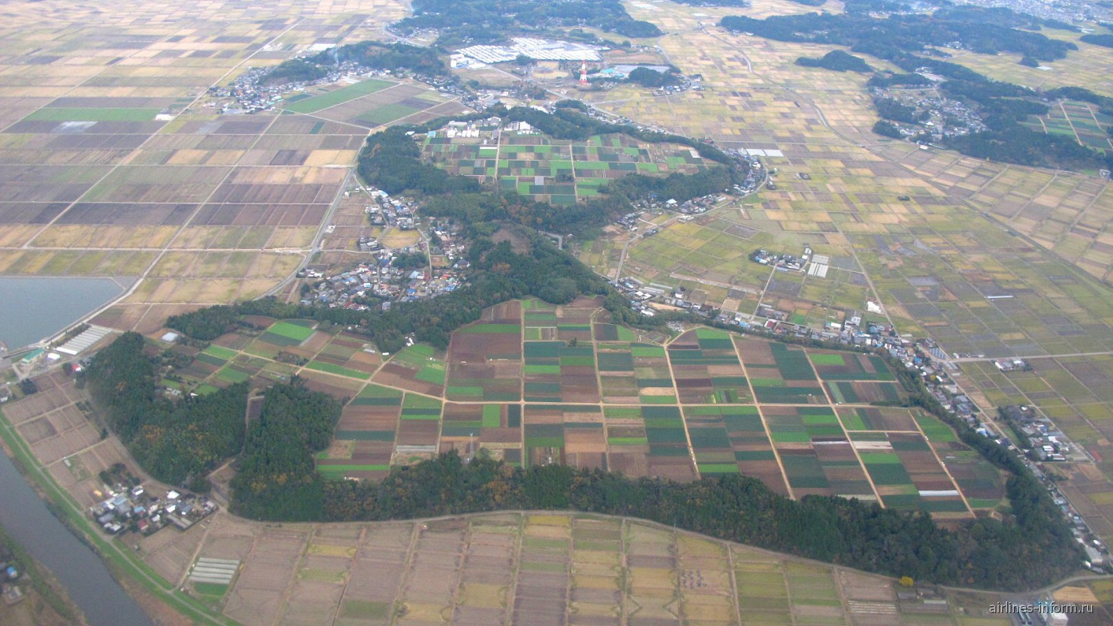 В полете над Японией перед посадкой в аэропорту Нарита