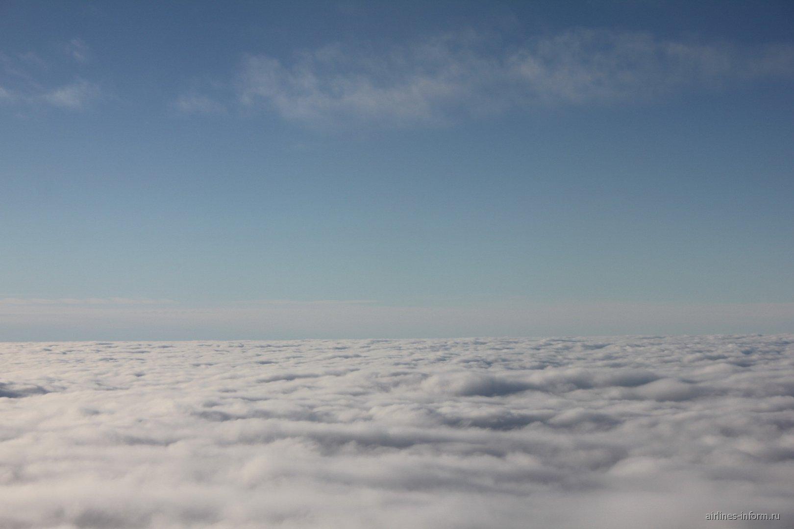 Слой облаков при наборе высоты