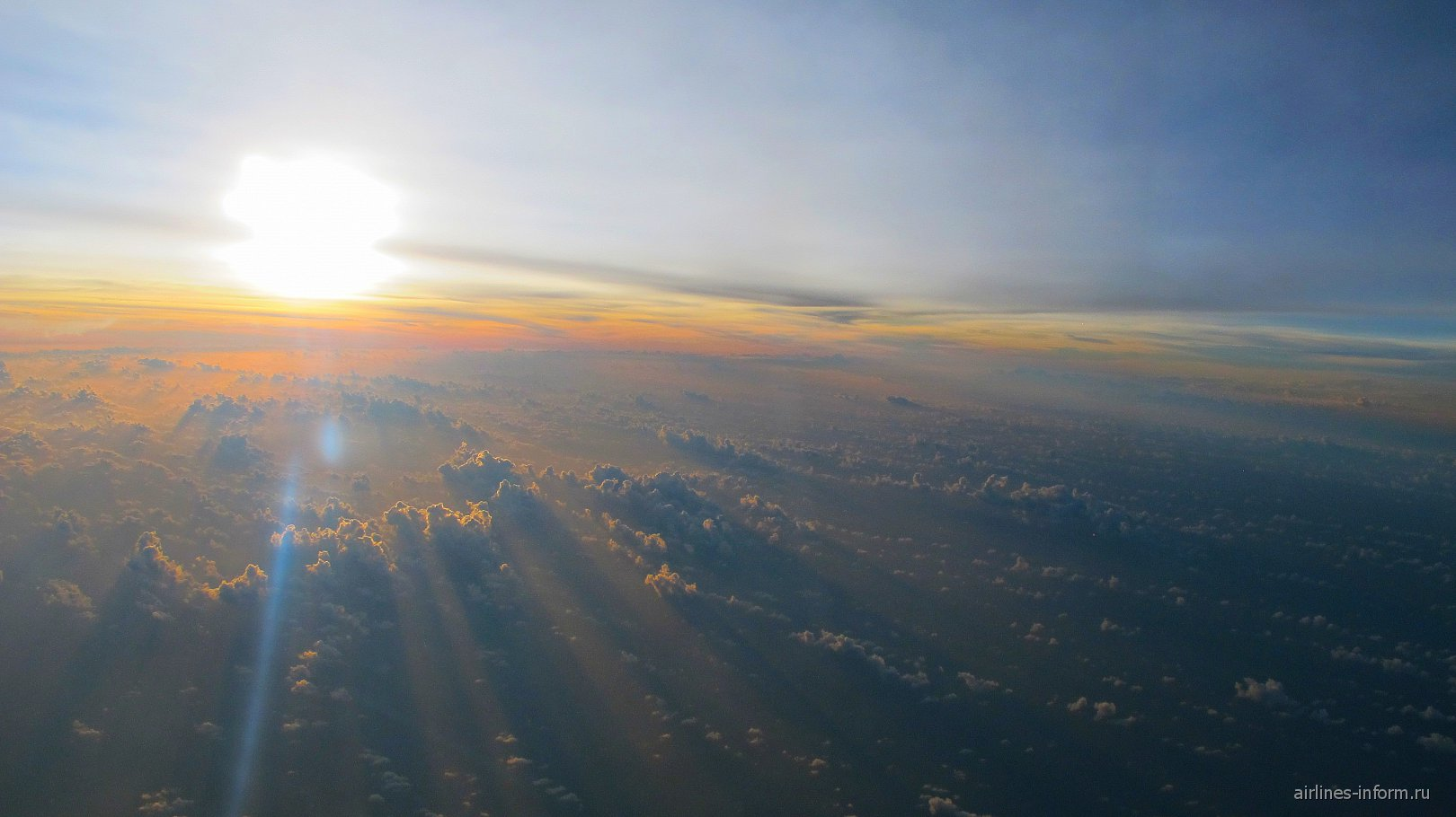 Рассвет над Китаем. Рейс Пекин - Куала-Лумпур.