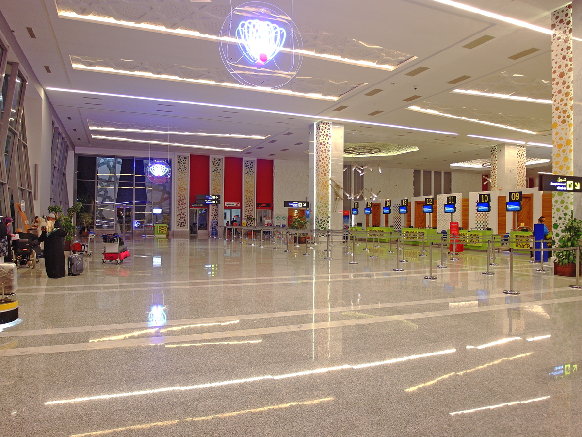 Зал регистрации на рейсы в аэропорту Фес-Саи