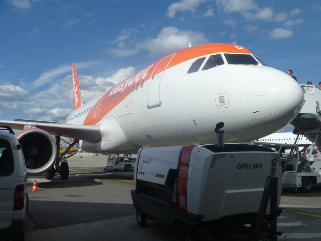 Европейский voyage. Часть 6. Базель - Берлин (SXF) на Airbus A319 easyJet.