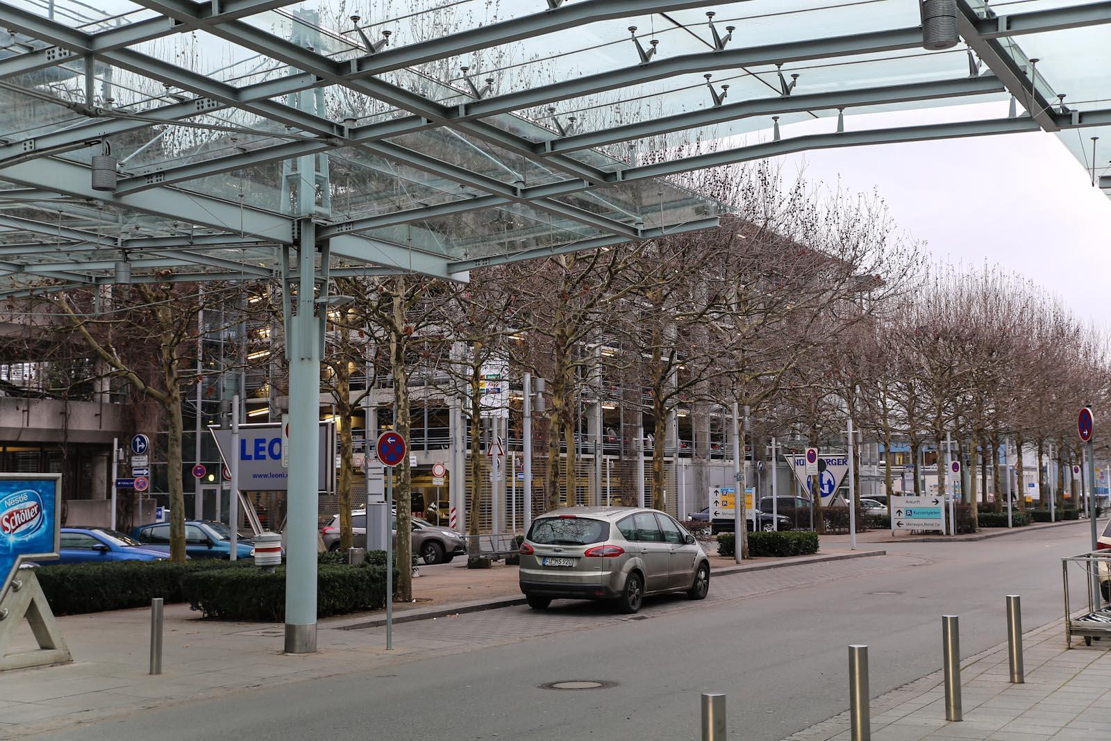 Автомобильные парковки в аэропорту Нюрнберг