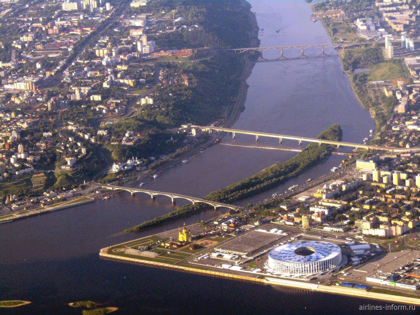 Стрелка в Нижнем Новгороде - место слияния рек Волги и Оки