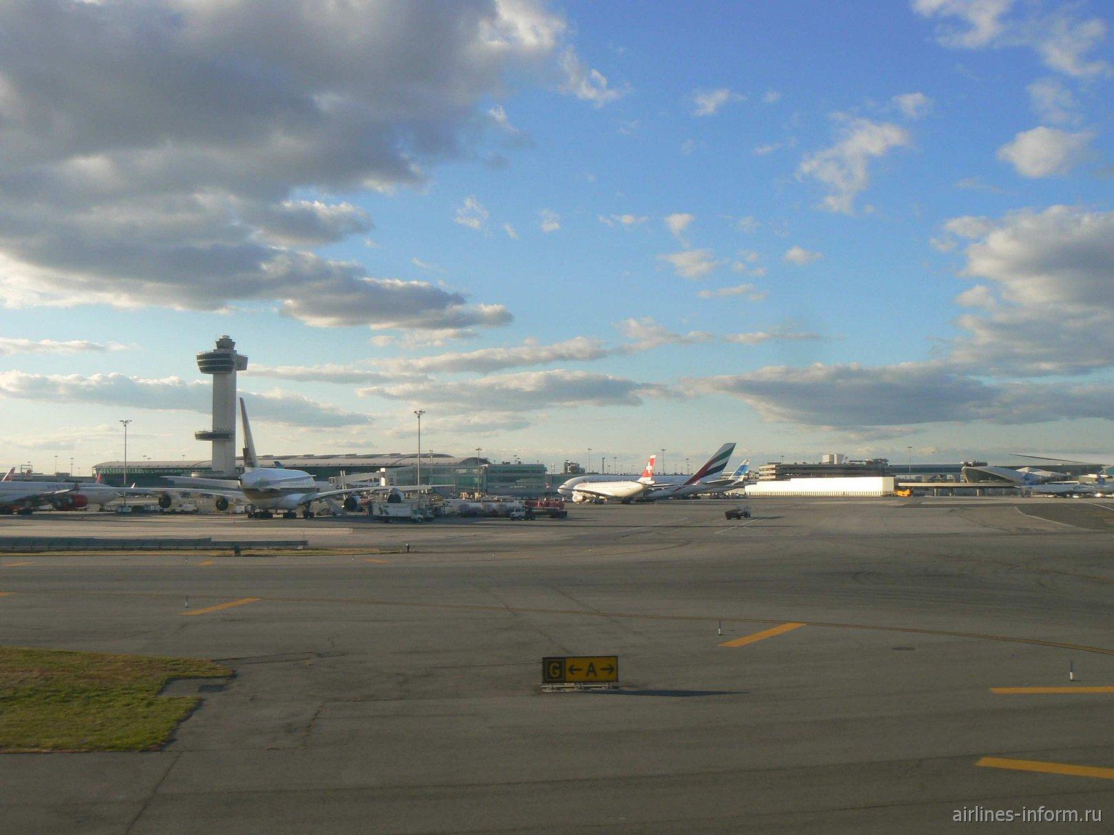 Терминал 4 аэропорта Нью-Йорк Джон Кеннеди