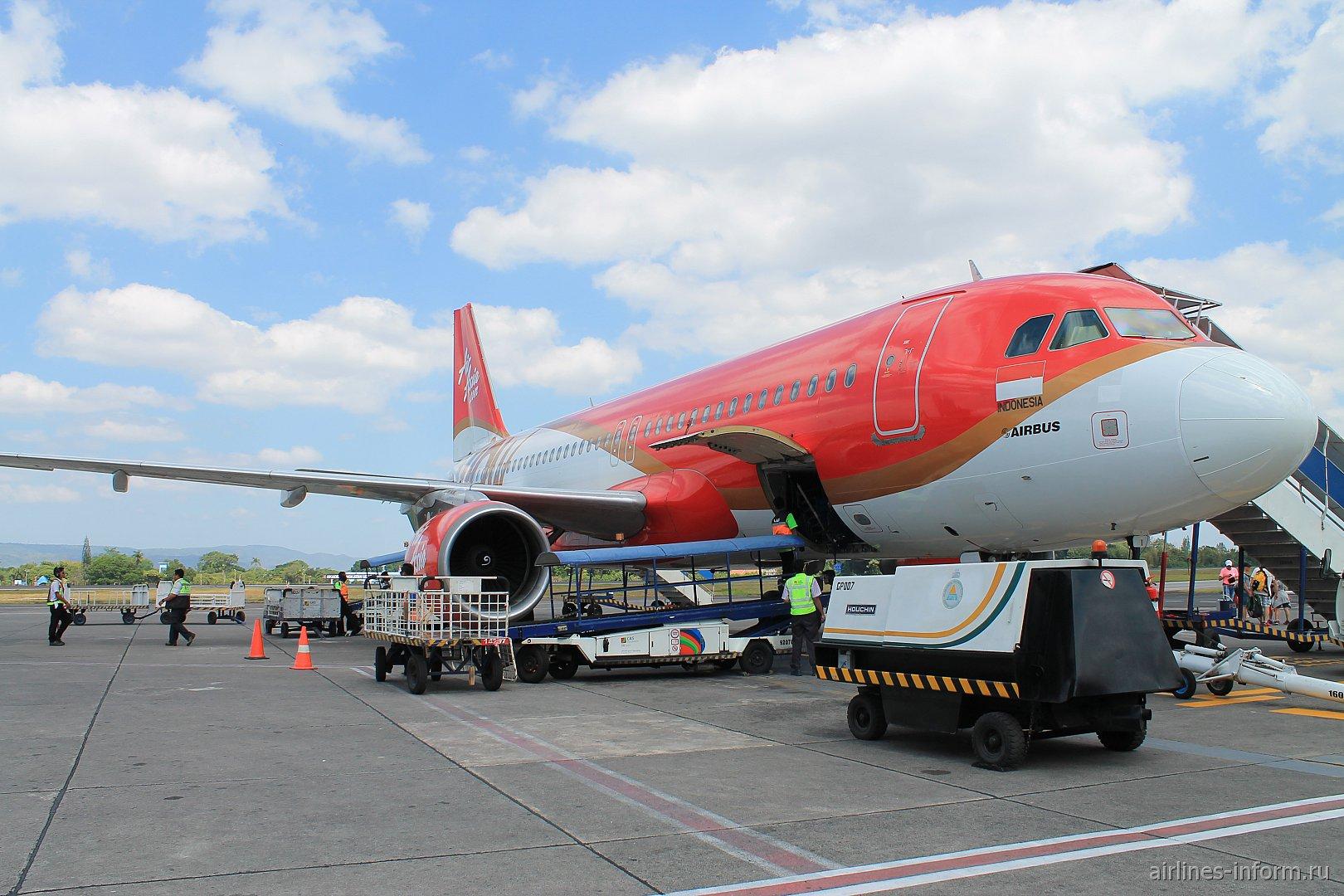 Джакарта (CGK)– Джокьякарта (JOG) с лучшим лоукостером в мире Air Asia. Небольшой споттинг в аэропорту Джокьякарты как бонус.