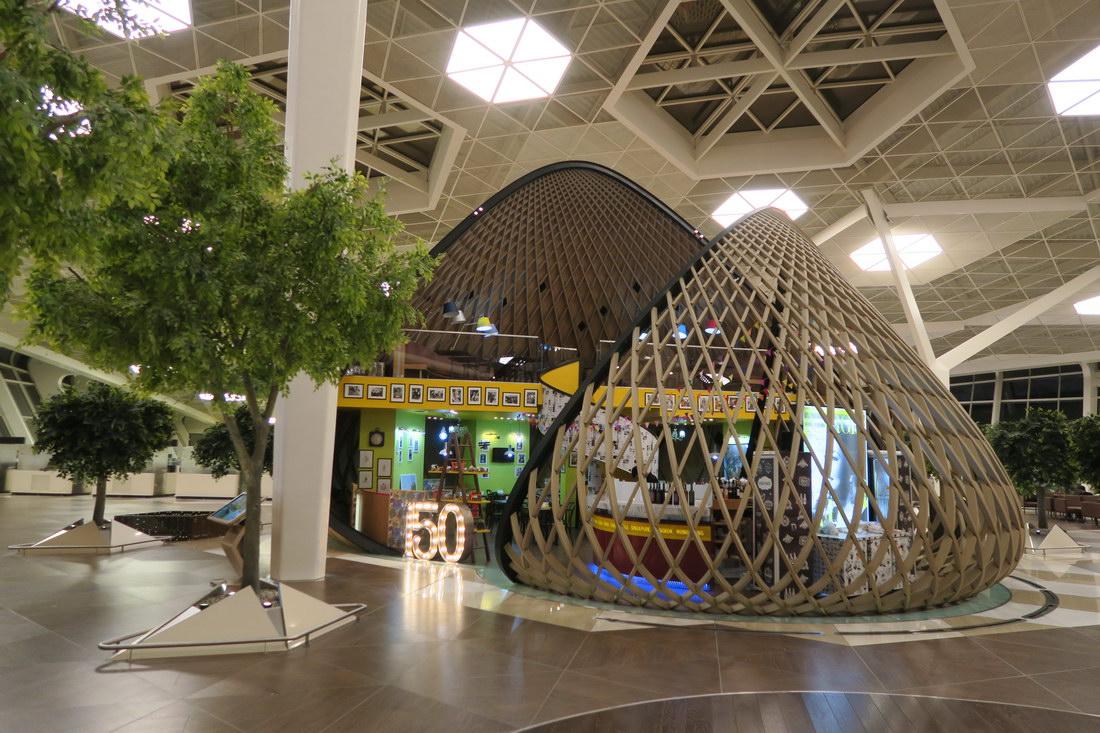 В чистой зоне терминала 1 аэропорта Баку Гейдар Алиев