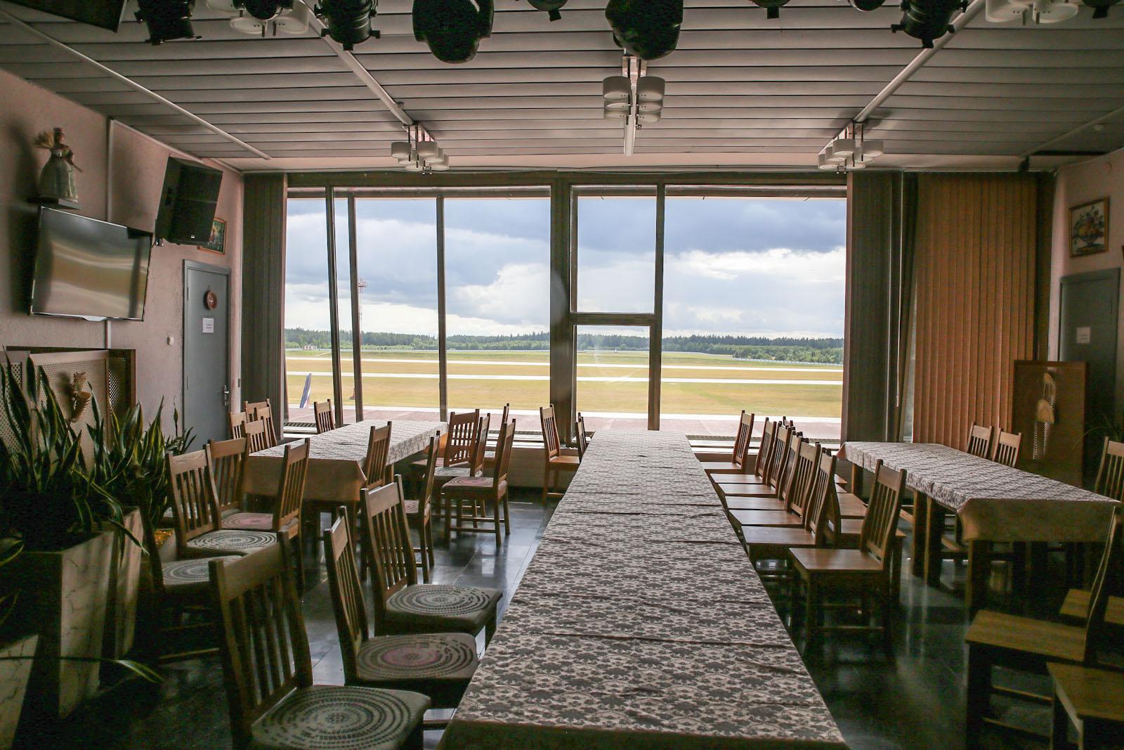 Кафе в аэропорту Минска