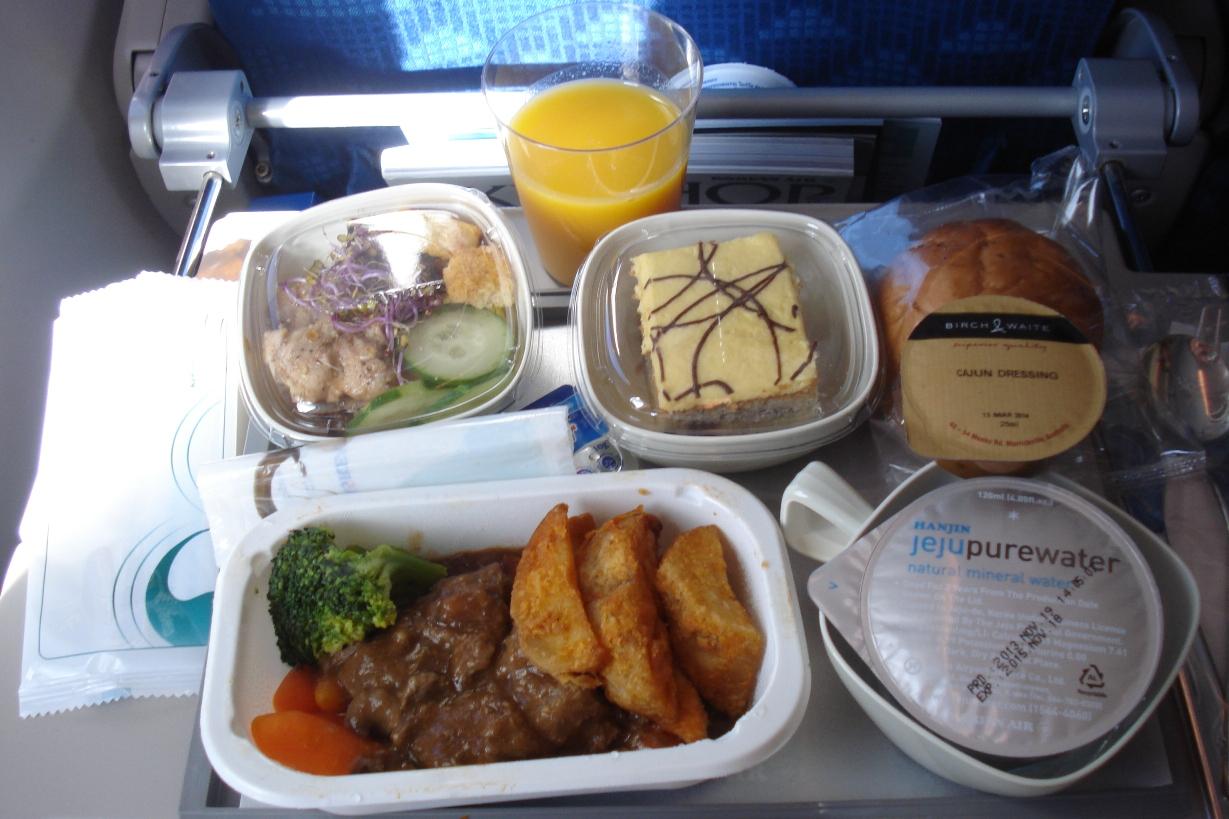 Питание на рейсе Сеул-Владивосток авиакомпании Korean Air