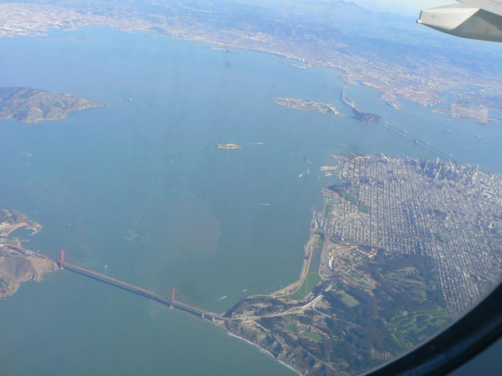 """Мост """"Золотые ворота"""" и город Сан-Франциско"""