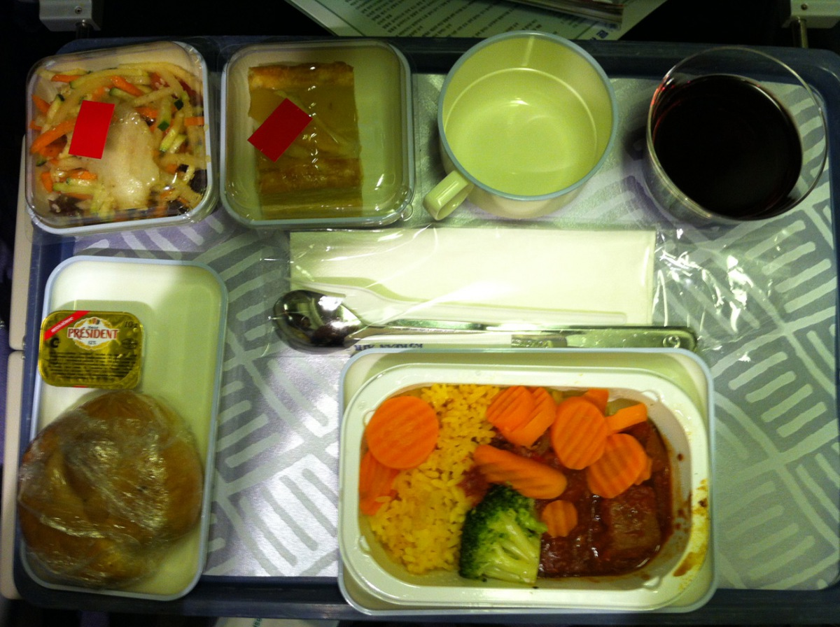 Board meal on Korean Air flight from Moscow to Seoul