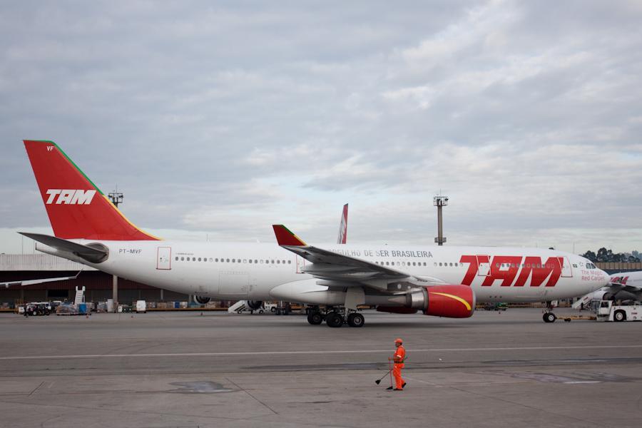 Airbus A330-200 бразильской авиакомпании TAM