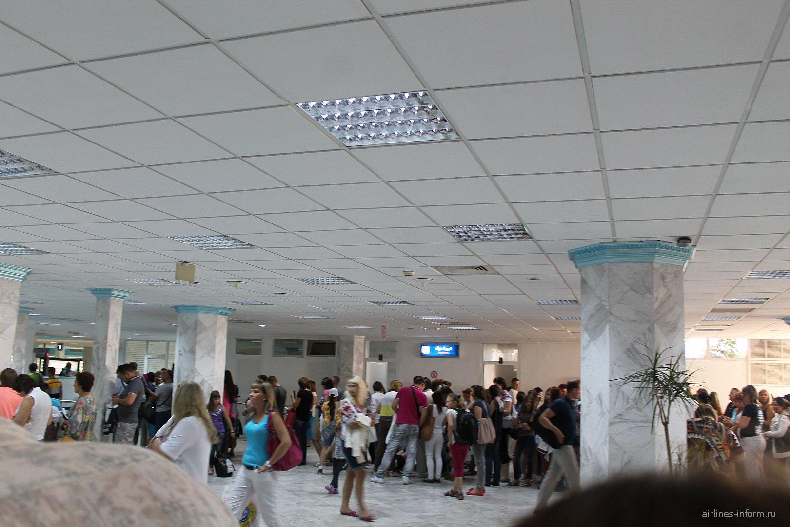 В аэропорту Монастира
