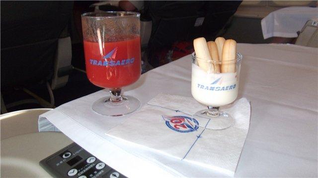 Питание бизнес-класса на рейсе Петербург-Анталья авиакомпании Трансаэро