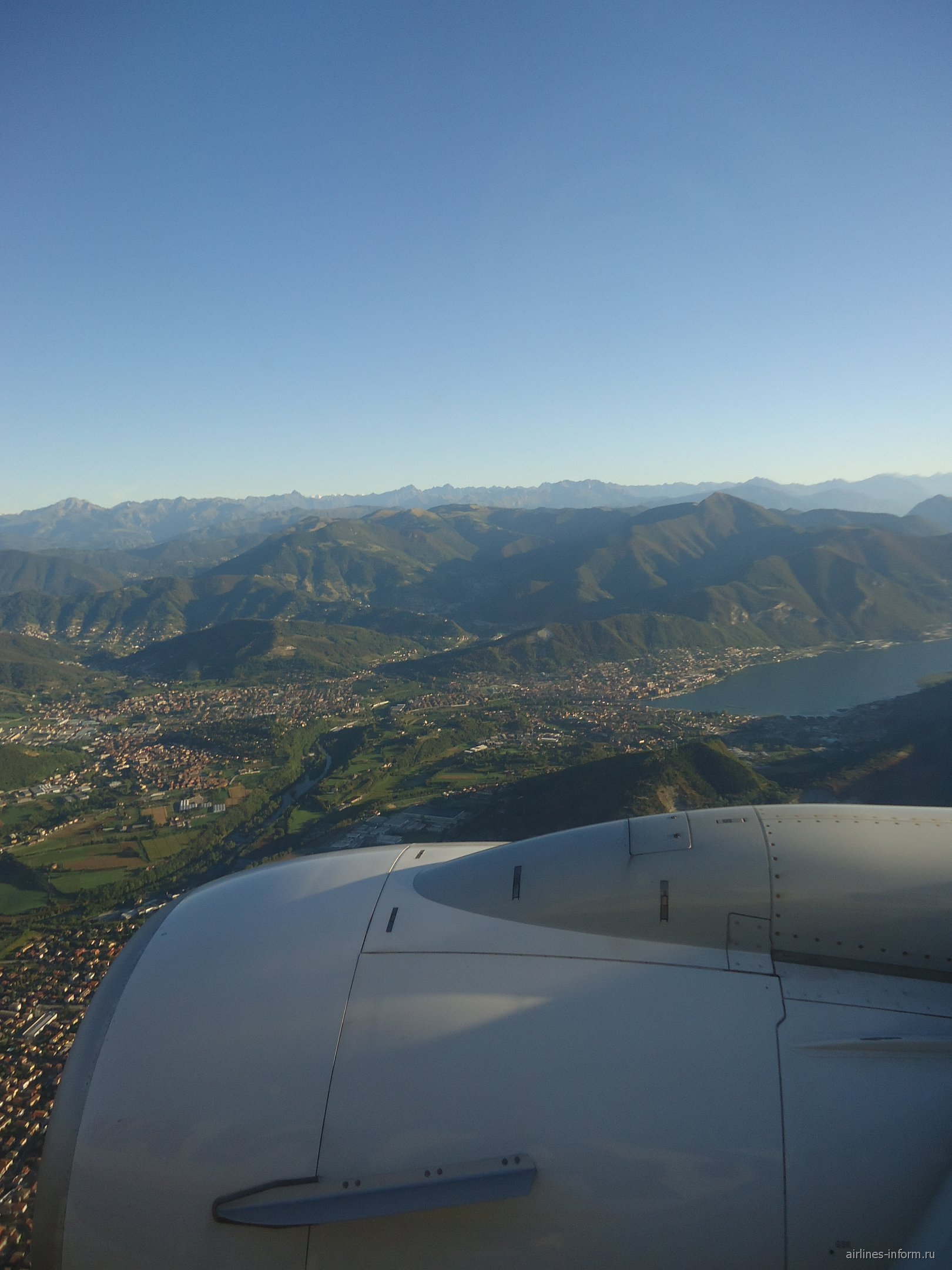 Перед посадкой в аэропорту Бергамо