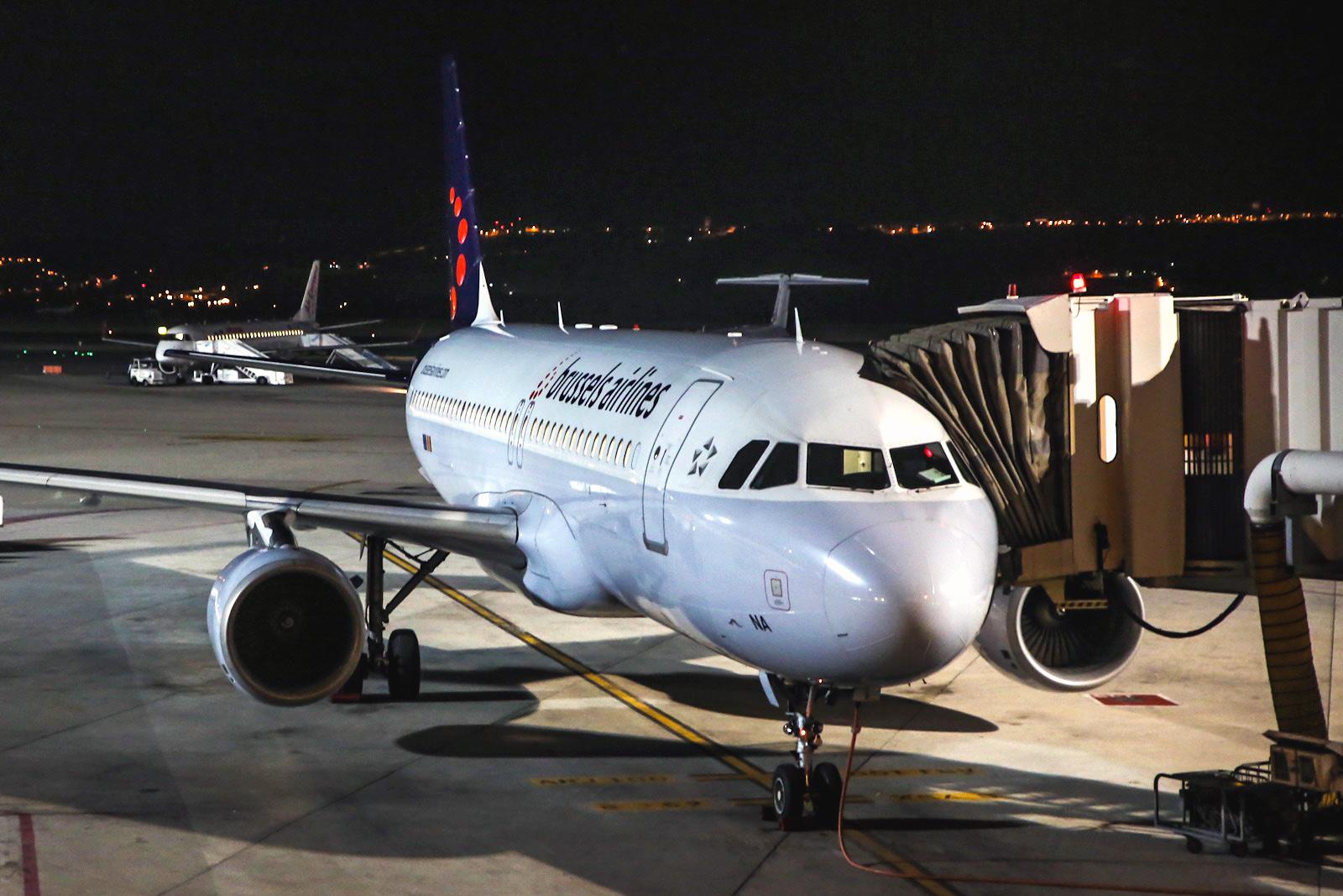 Airbus A320 Brussels Airlines в аэропорту Мадрид Барахас