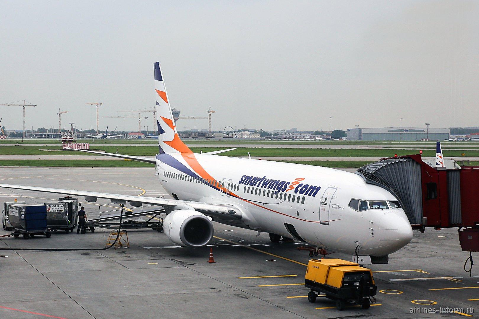 Самолет Боинг-737-800 авиакомпании Smartwings в аэропорту Шереметьево