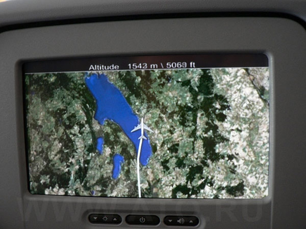 Онлайн карта полета в самолете Airbus A380