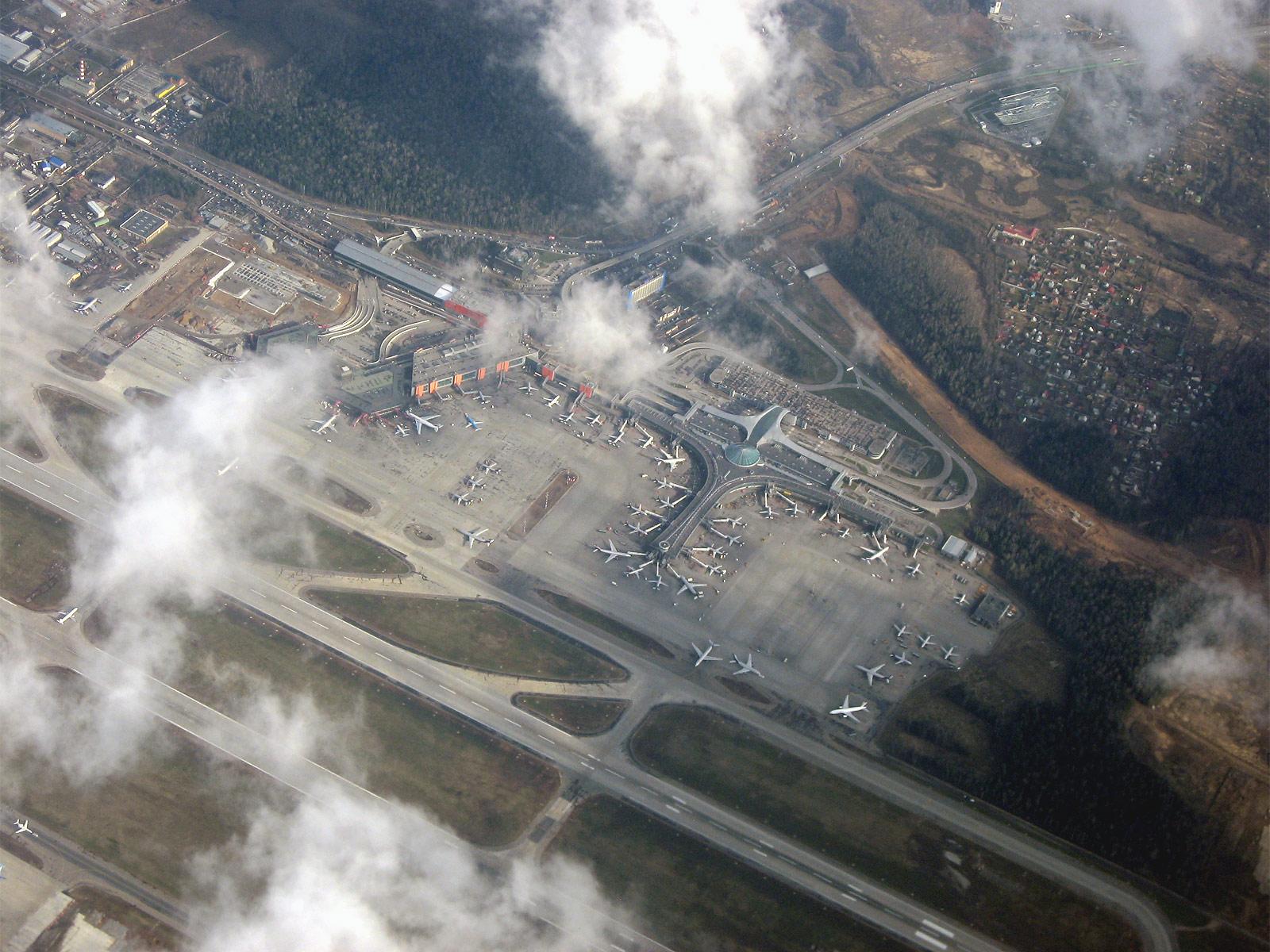Вид на аэропорт Шереметьево из самолета