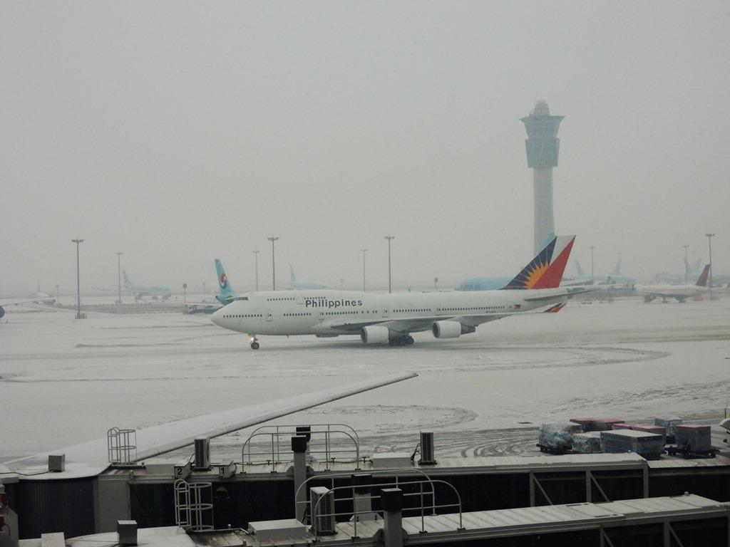 Боинг-747-400 Филиппинских авиалиний в сеульском аэропорту Инчхон