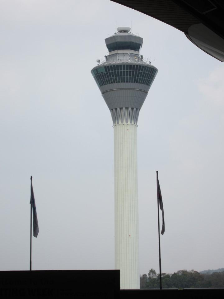 Диспетчерская башня аэропорта Куала-Лумпур