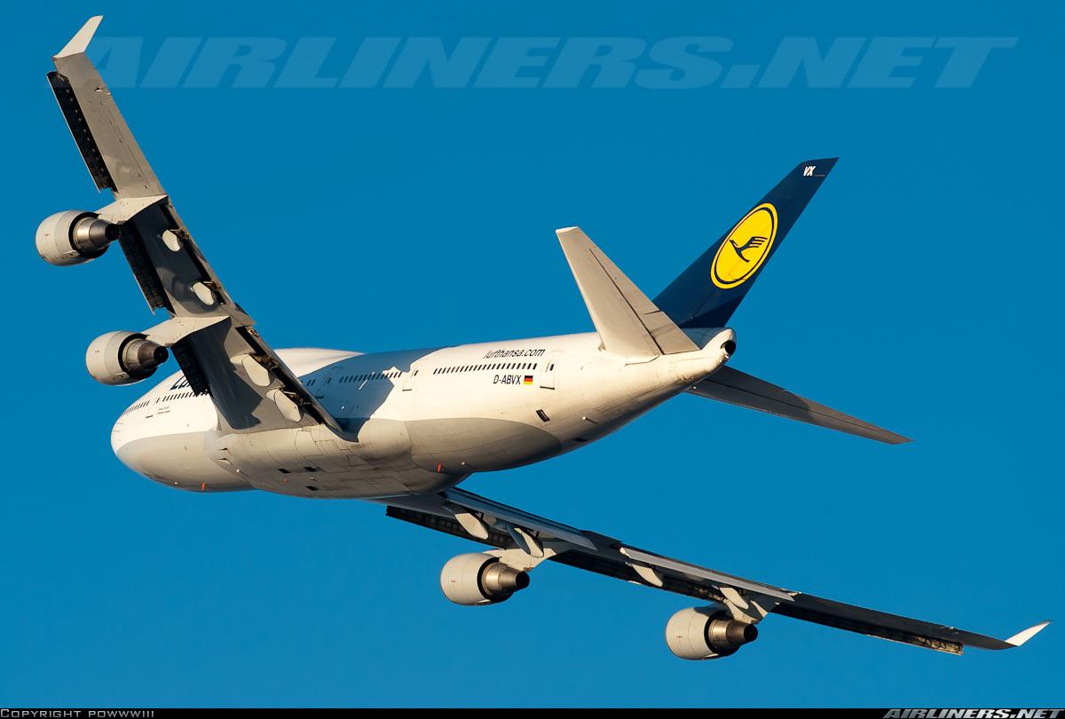 Самолет Боинг-747-400 авиакомпании Люфтганза