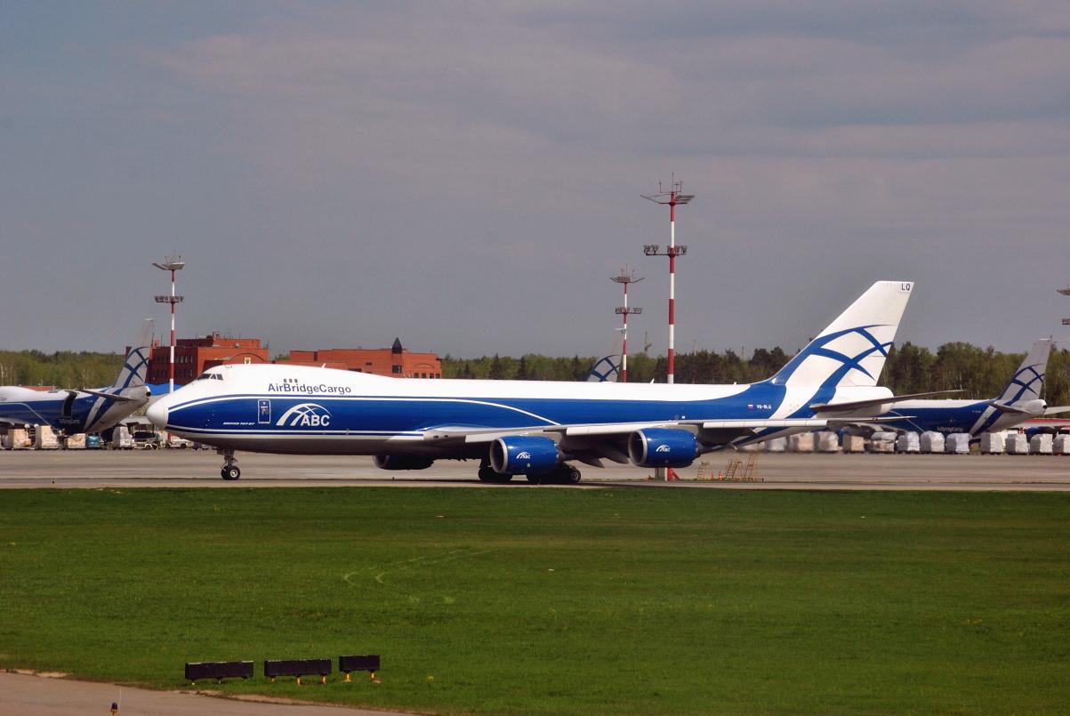 """Boeing 747-8F авиакомпании """"Air Bridge Cargo"""" в аэропорту Шереметьево"""
