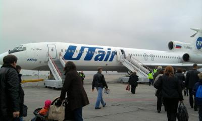 Самолет Ту-154 авиакомпании ЮТэйр