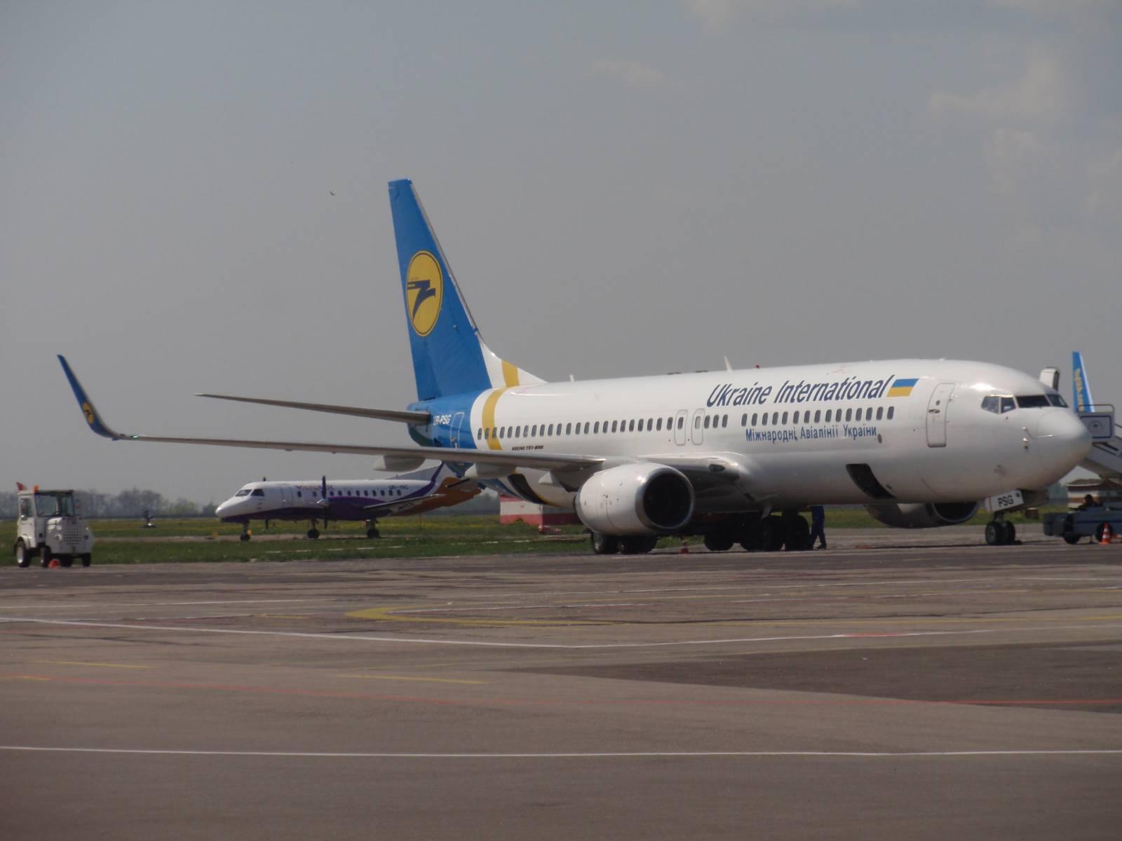 Боинг-737-800 МАУ в аэропорту Одессы