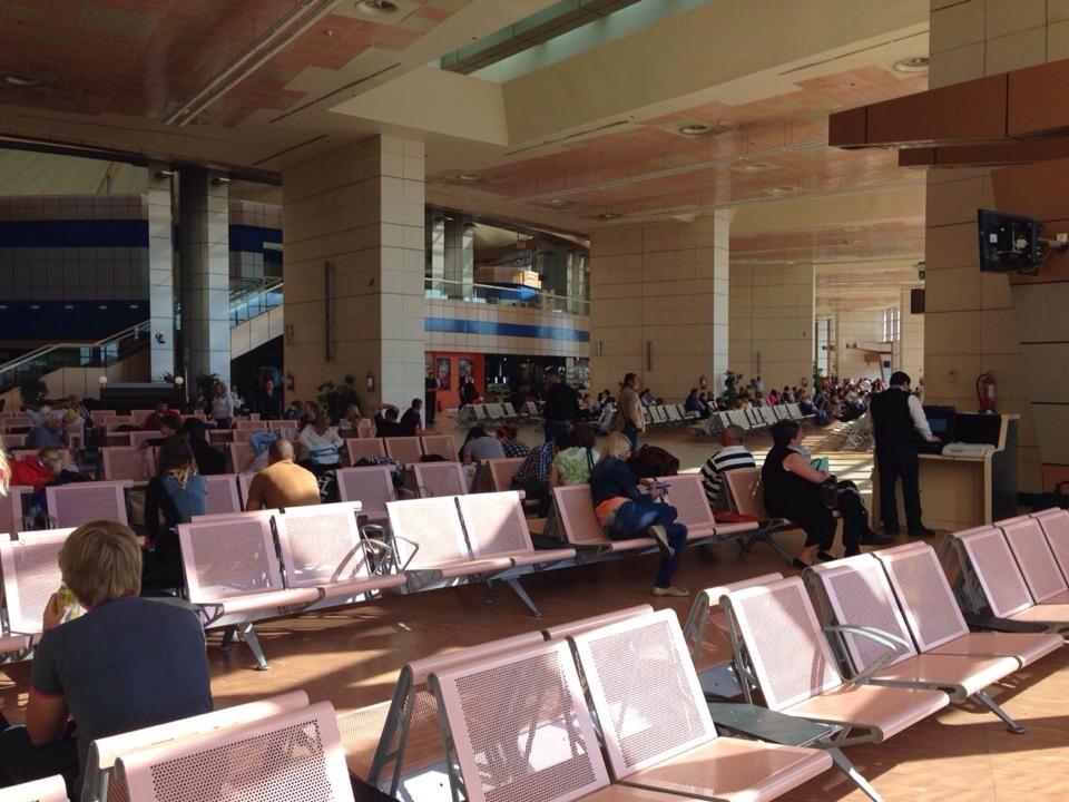 Зал ожидания в аэропорту Шарм-Эль-Шейх