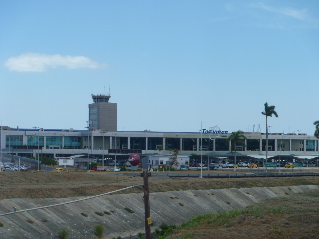 Терминал 1 аэропорта Панама Токумен
