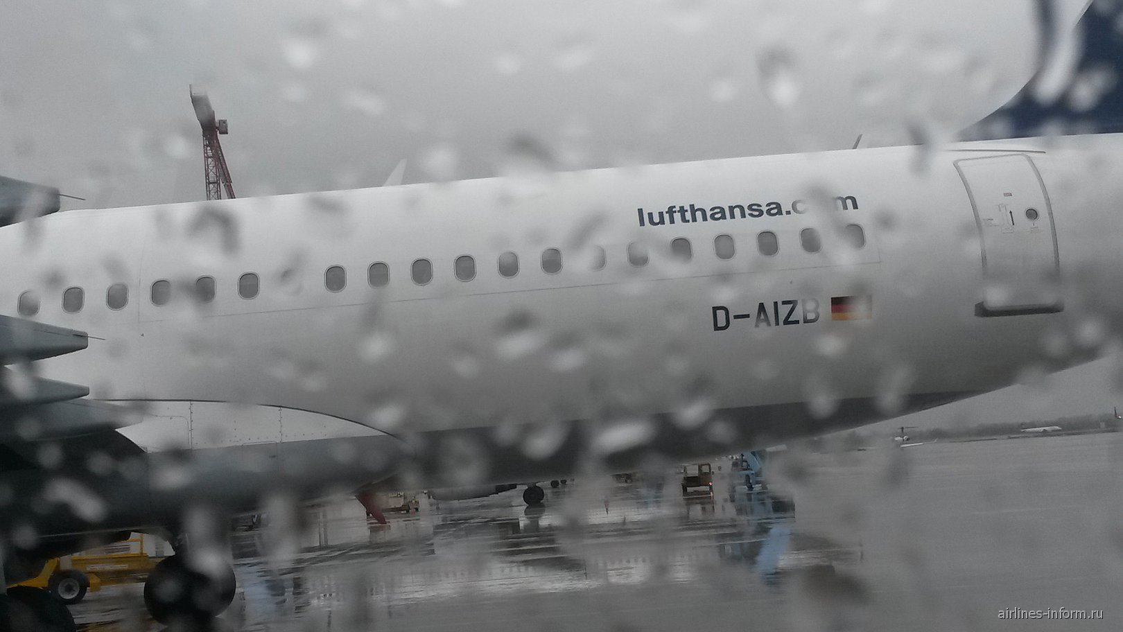 Airbus A320 D-AIZB авиакомпании Люфтганза