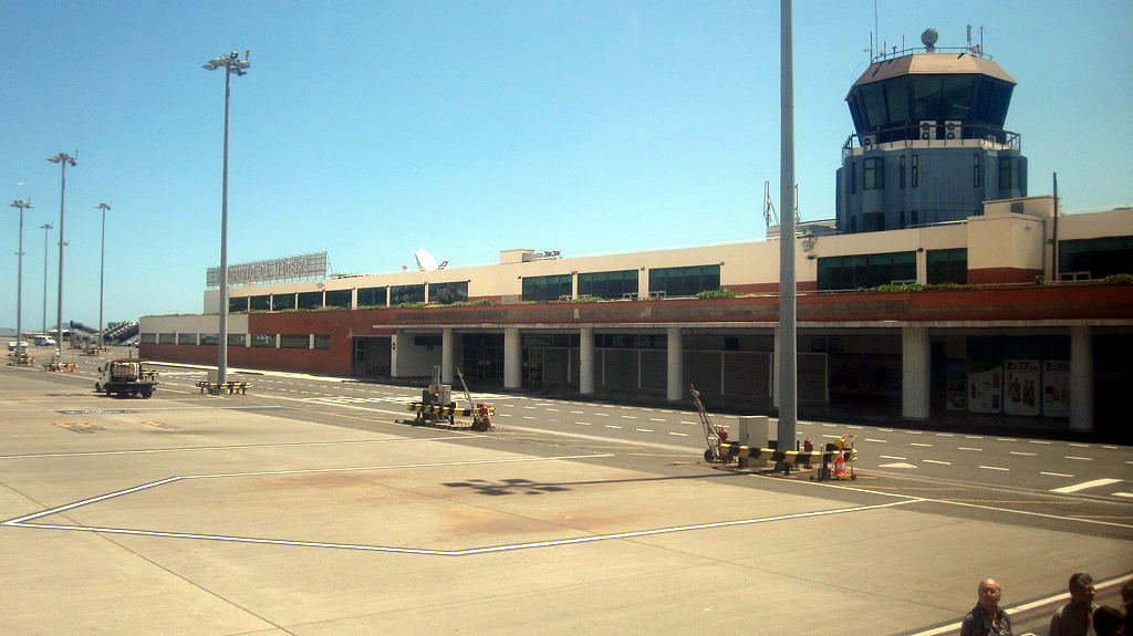 Аэропорт Фуншал Мадейра
