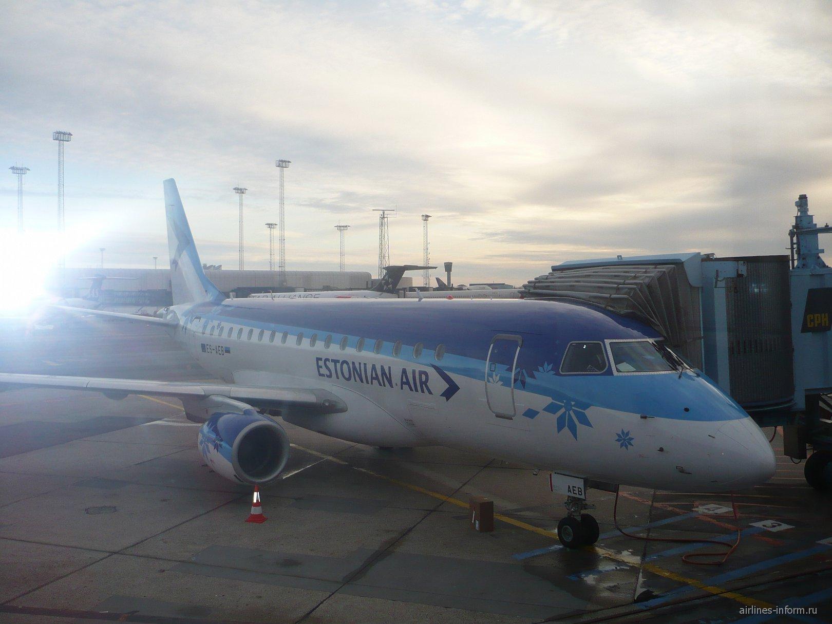Самолет Embraer 170 авиакомпании Estonian Air