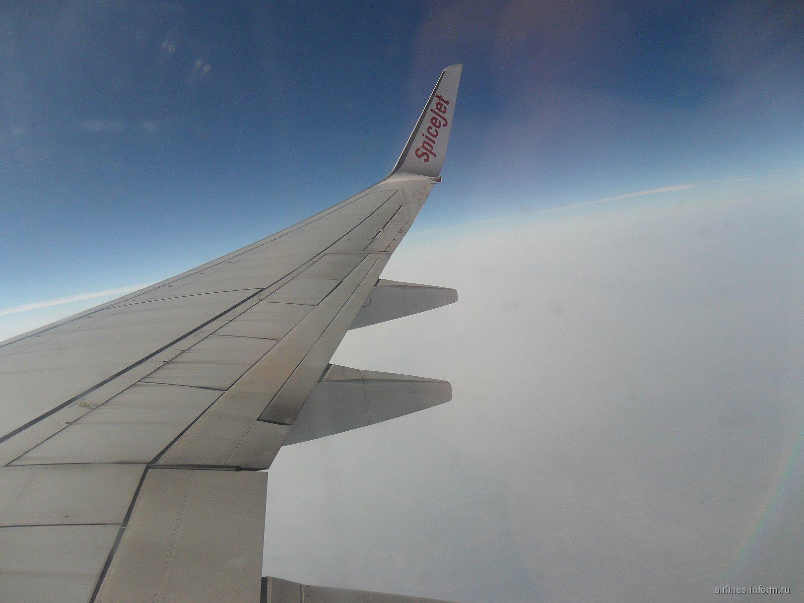 Рейс Дели-Варанаси авиакомпании SpiceJet