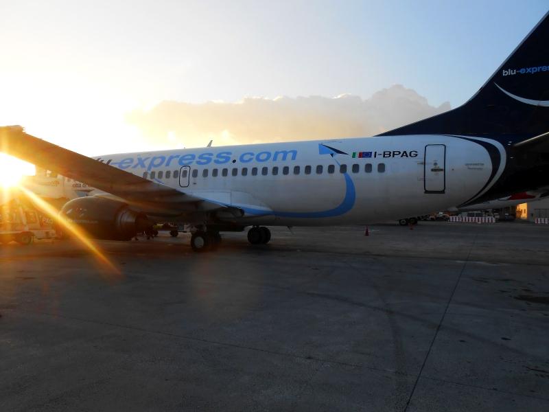 Боинг-737-300 авиакомпании Blu-Express