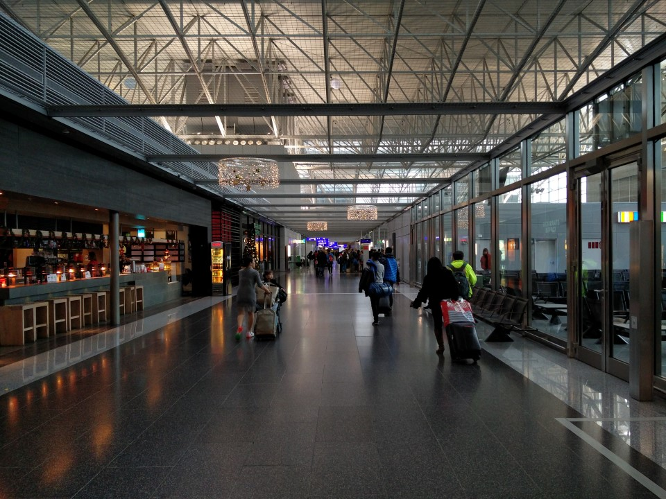 В чистой зоне терминала 2 аэропорта Франкфурт