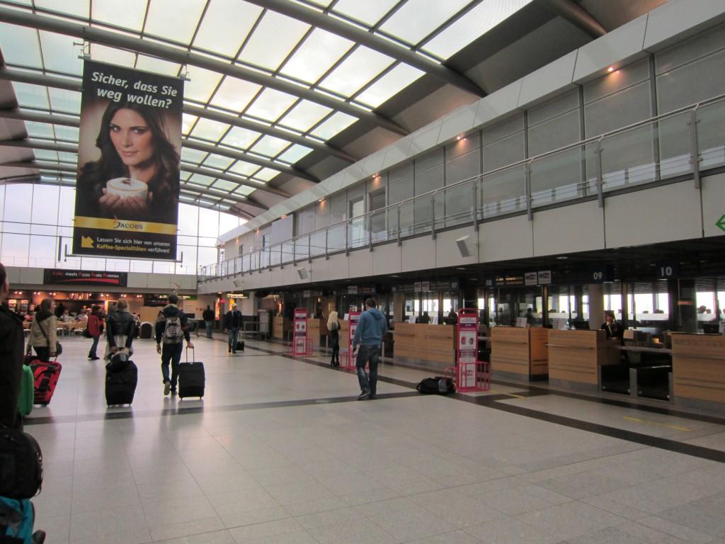 Стойки регистрации в аэропорту Дортмунд