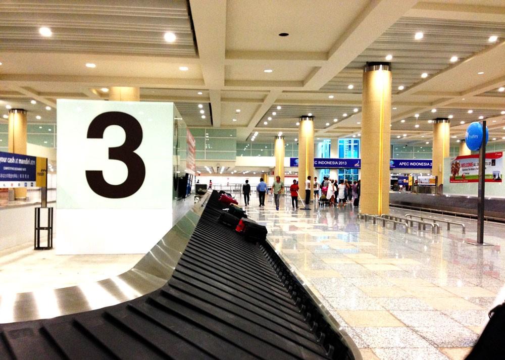 Зал выдачи багажа в аэропорту Денпасар Нгура Рай