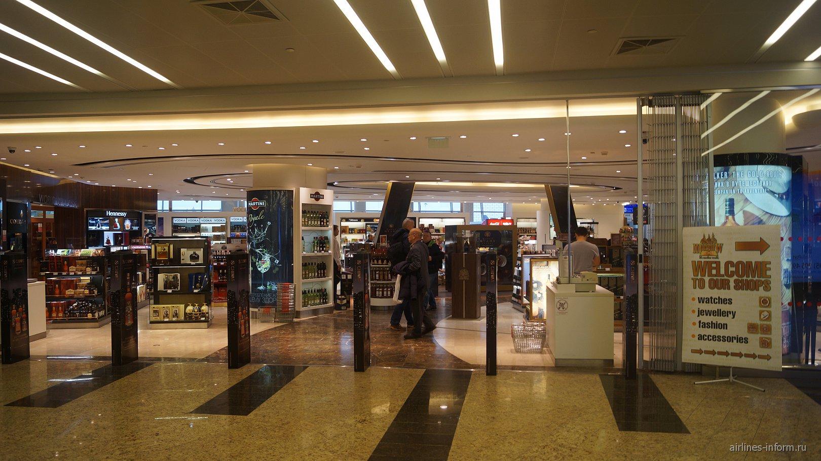 Магазин дьюти-фри в терминале D аэропорта Шереметьево
