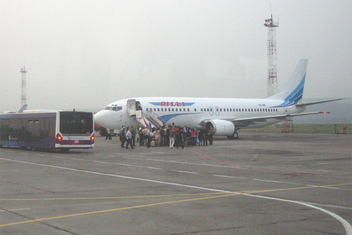 Подготовка к вылету рейса Красноярск-Москва авиакомпании Ямал