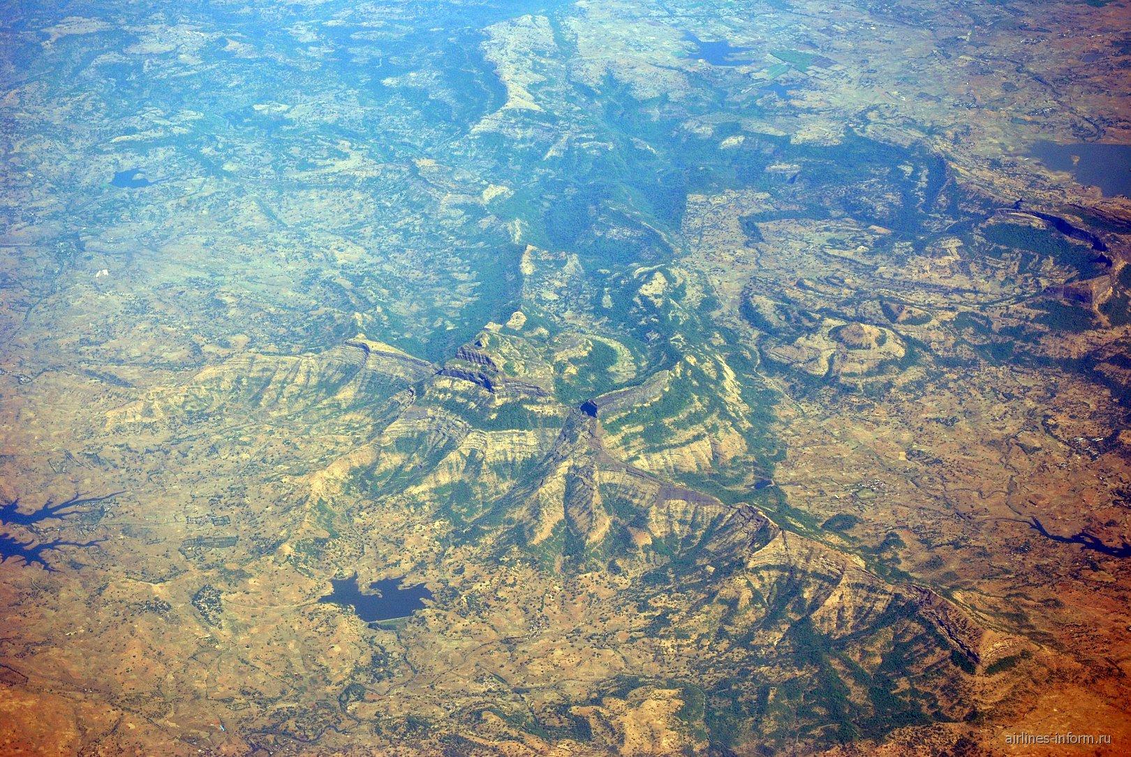 В полете над Индией
